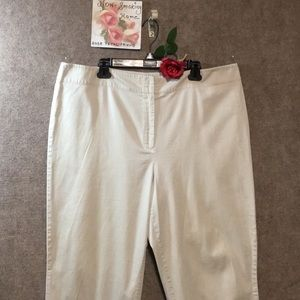 CREAM CROPPED CAPRIS STYLE & CO. SZ 20W